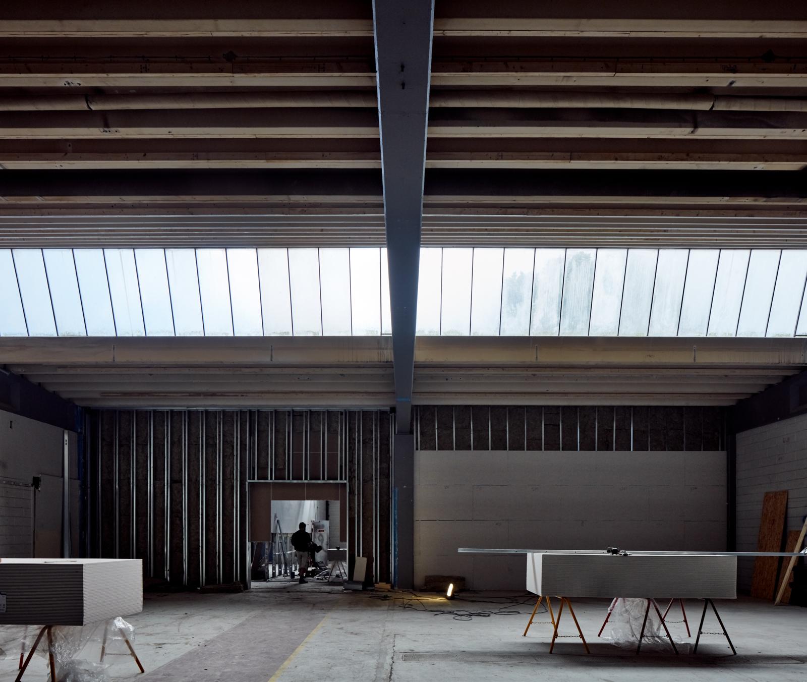 Hal C – Next Uddannelse København (byggeproces, ovenlysvinduer)