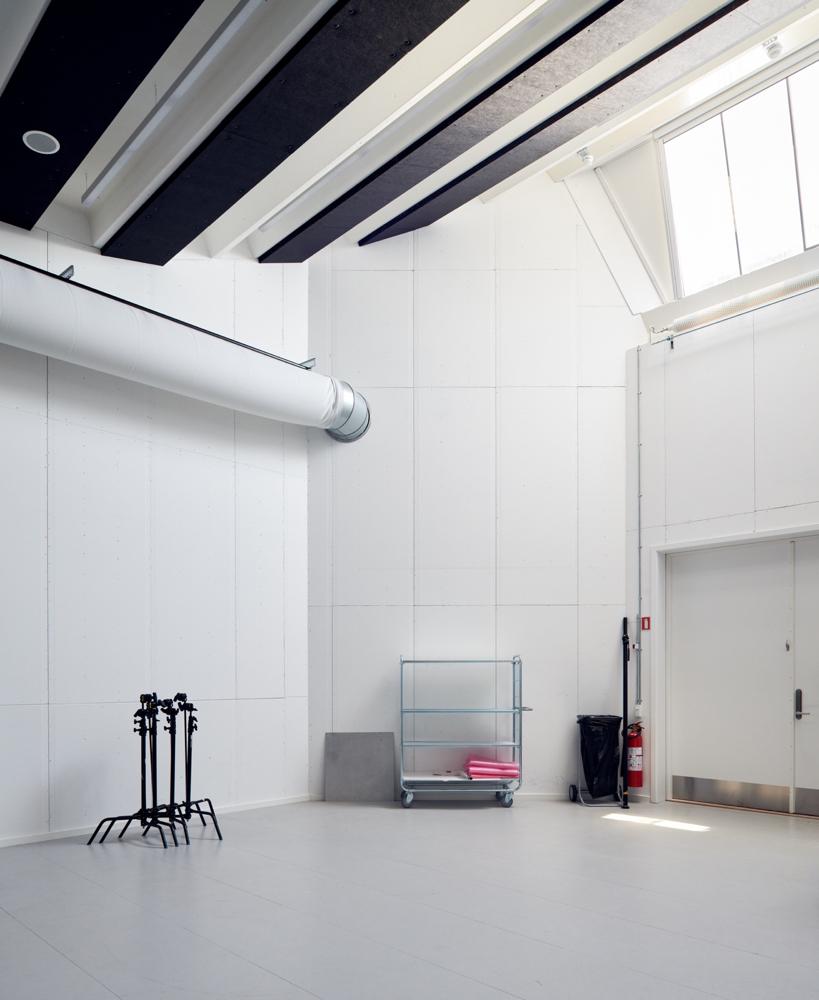 Hal C – Next Uddannelse København: Fra industrihal til kreative studios (studie)