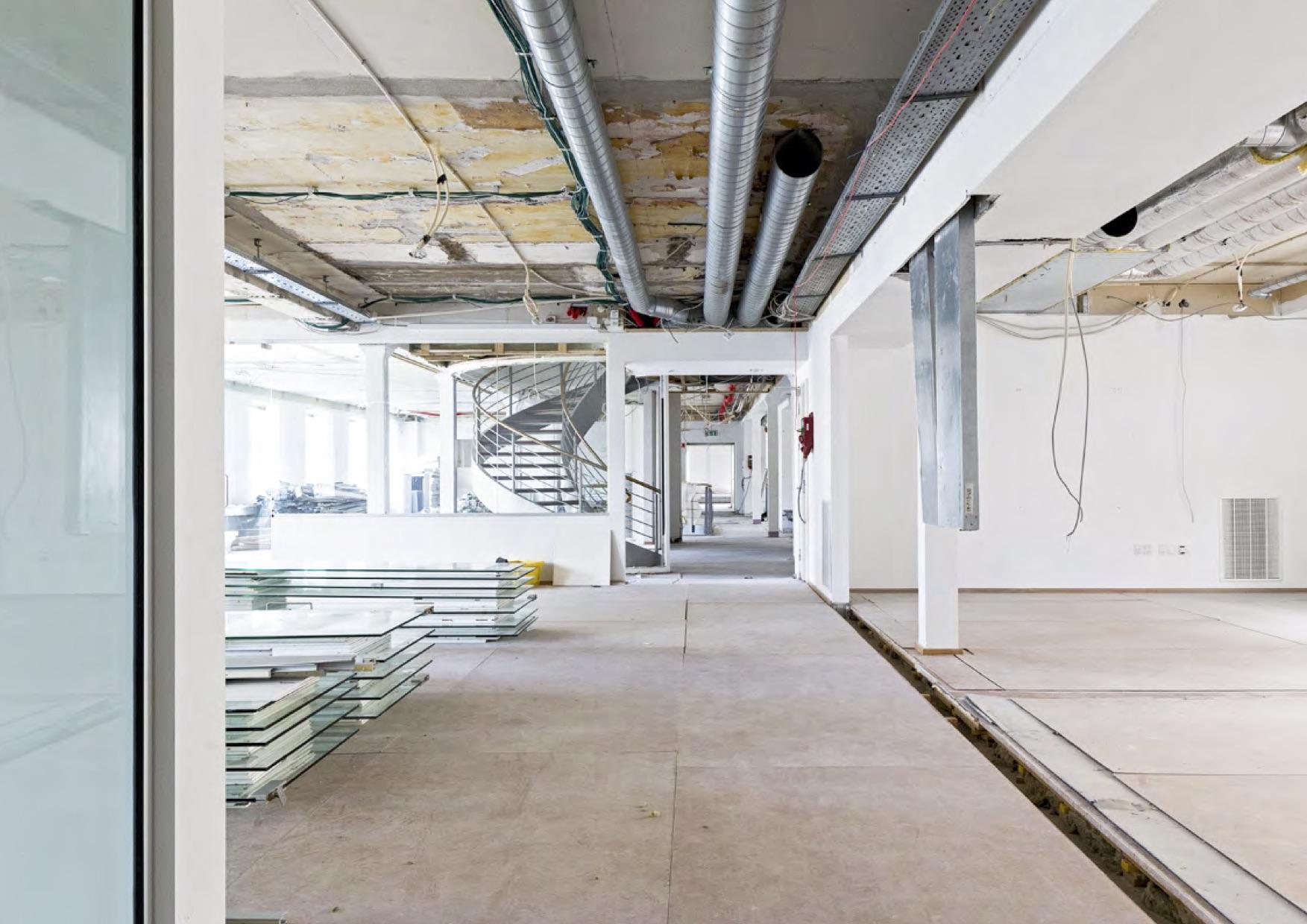 """Fotobog: """"Strandvejen 56"""" – Ombygning og indretning af nyt hovedkvarter til Implement Consulting Group for Aberdeen Property Invest Danmark. Totalrådgiver: Retaildesign"""