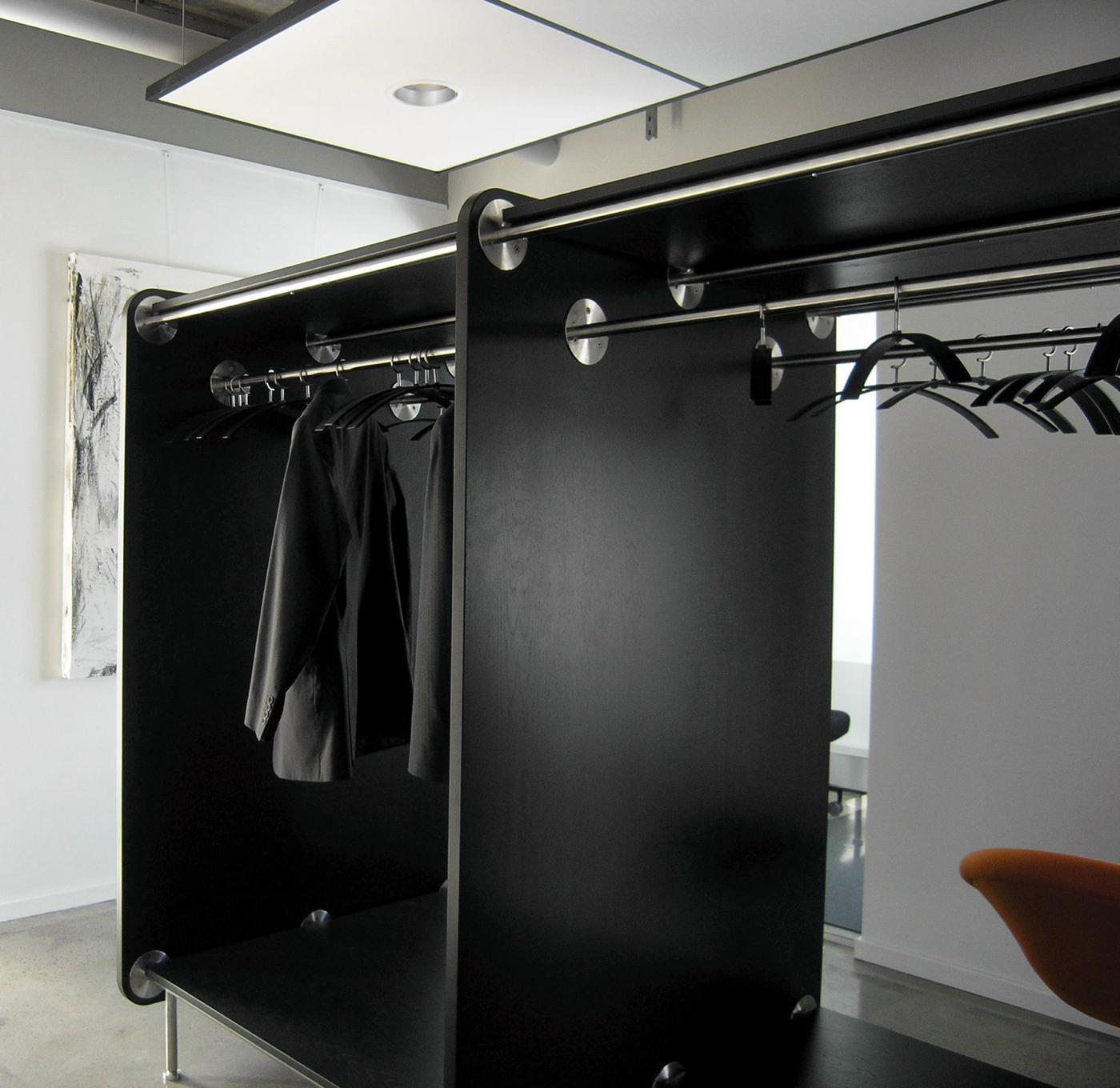 Implement Consulting Group, Slotsmarken, Hørsholm (garderobe)